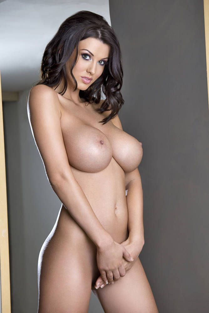 Gorgeous brunette Alice Goodwin - 12