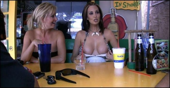 Excellent selection of nipslips and pussyslips in public - 03