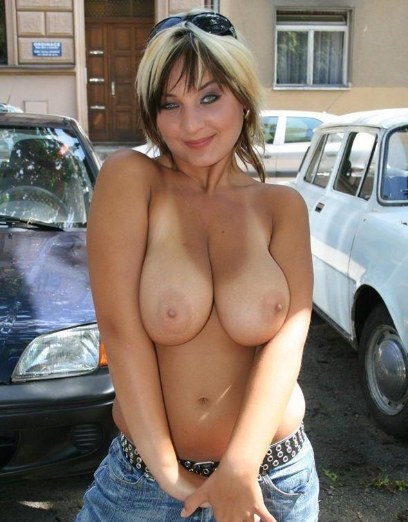 Excellent selection of nipslips and pussyslips in public - 26