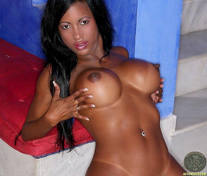 Hot busty babe Tyra Lex - 15