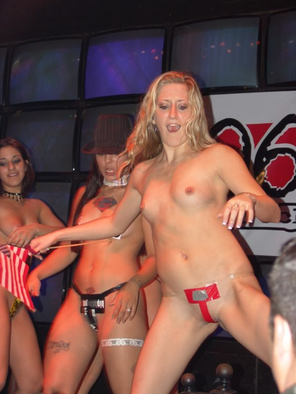 sex spandau striptease contest