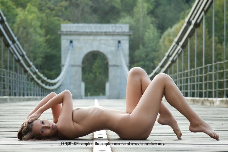 Gorgeous beauty Lizzie posing on the bridge - 07