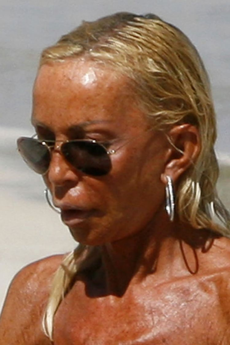 Forum on this topic: Rosie williams swimsuit, donatella-versace-tits/