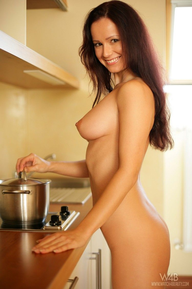 What an ideal housewife should be - 72