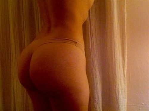 Hundreds of the best female booties according to American Apparel - 59