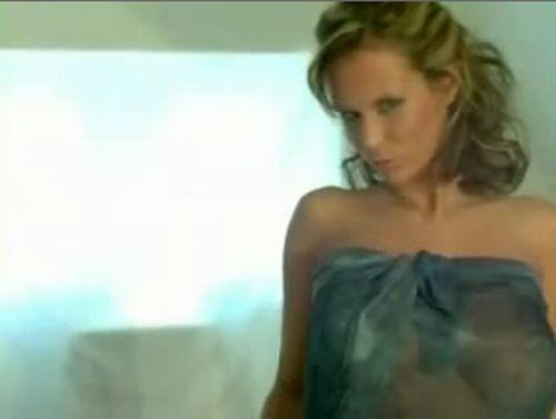 Stunning Zuzanna Drabinova. These boobs will melt your brain :) - 20100208