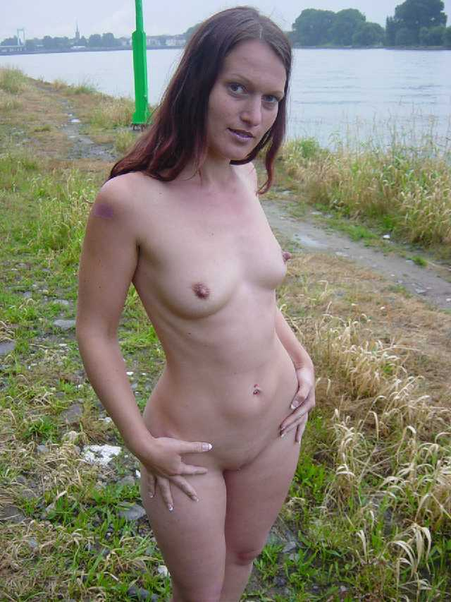 Girls that like to go naked in public places - 11