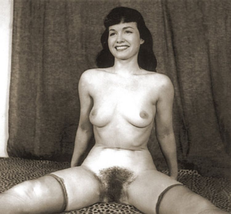Selection of retro erotica - 06