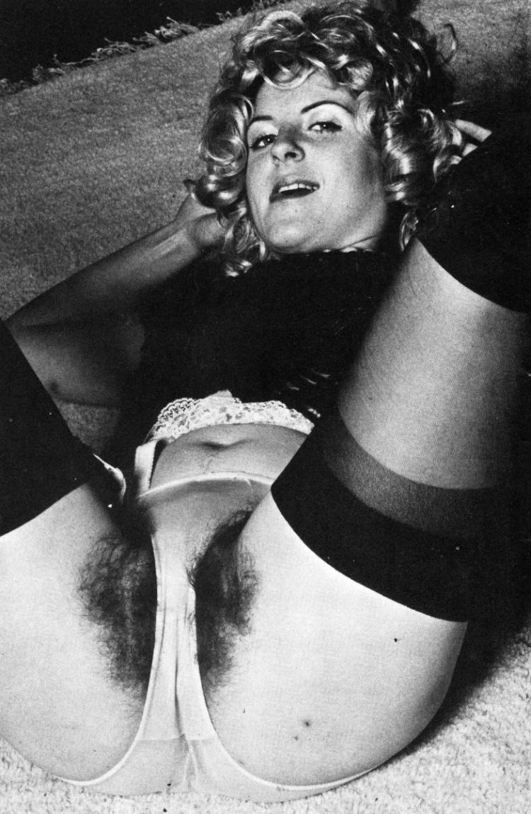Selection of retro erotica - 39