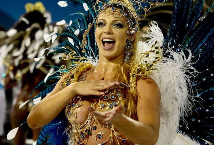 Hot Girls from Brazilian Carnival - 01