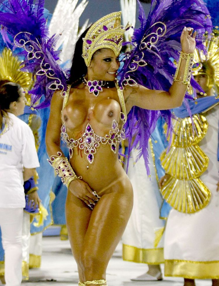 Hot Girls from Brazilian Carnival - 04