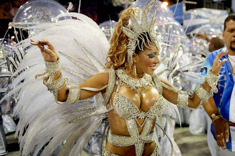 Hot Girls from Brazilian Carnival - 08