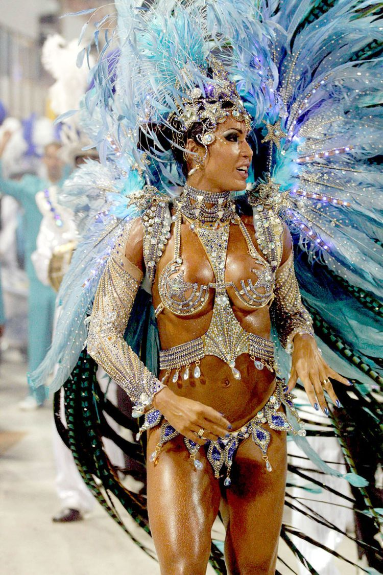 Hot Girls from Brazilian Carnival - 09