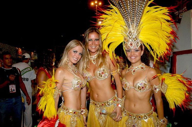 Hot Girls from Brazilian Carnival - 10