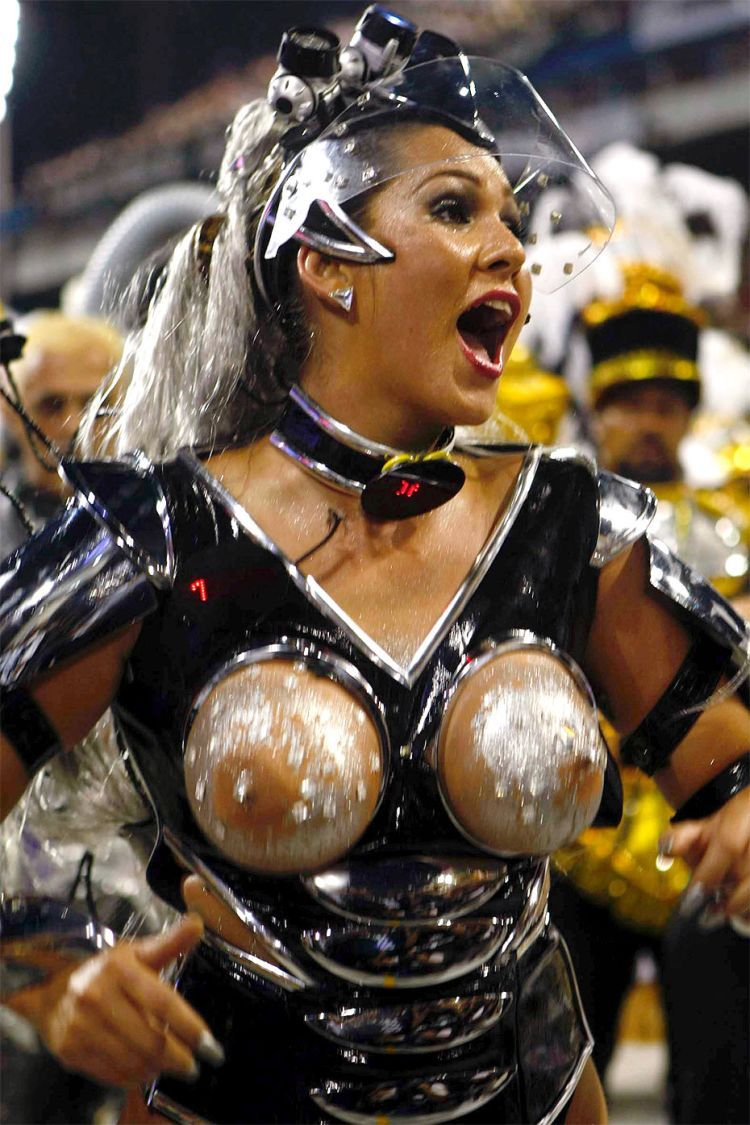 Hot Girls from Brazilian Carnival - 25