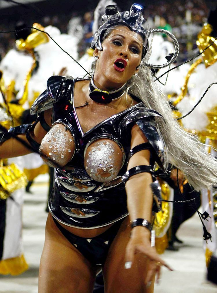 Hot Girls from Brazilian Carnival - 26