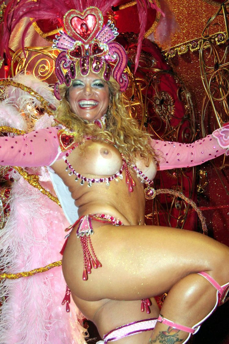 Hot Girls from Brazilian Carnival - 28