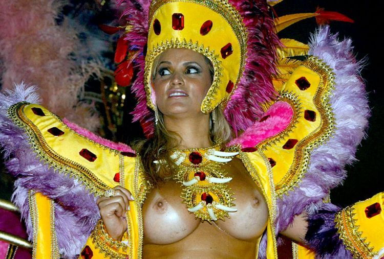 Hot Girls from Brazilian Carnival - 60