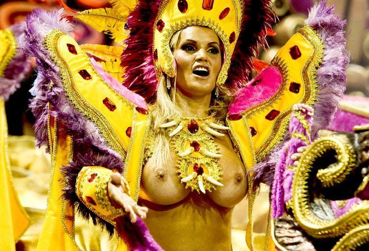 Порно видео бразильский карнавал онлайн