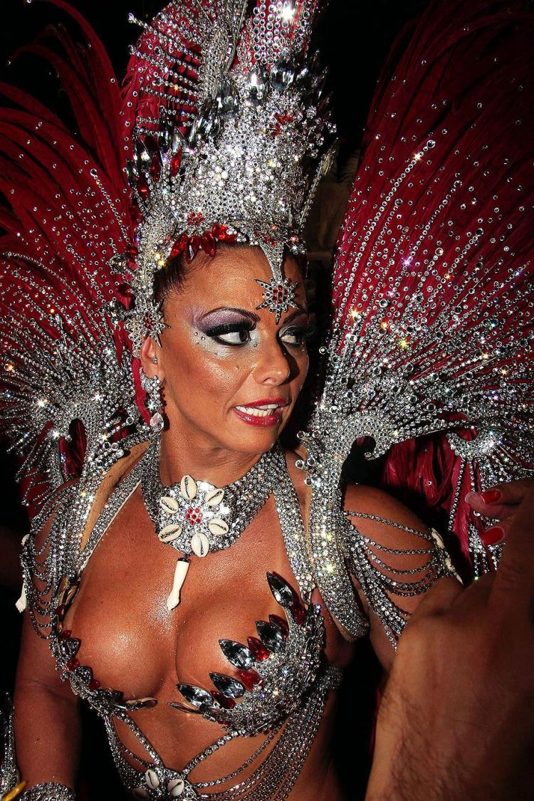 Hot Girls from Brazilian Carnival - 70