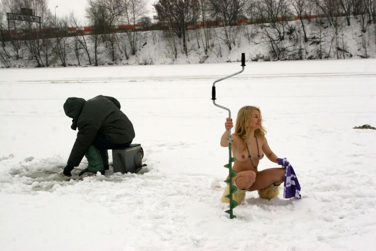 Naked blonde on a winter fishing - 13