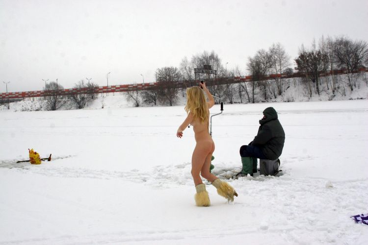Naked blonde on a winter fishing - 19