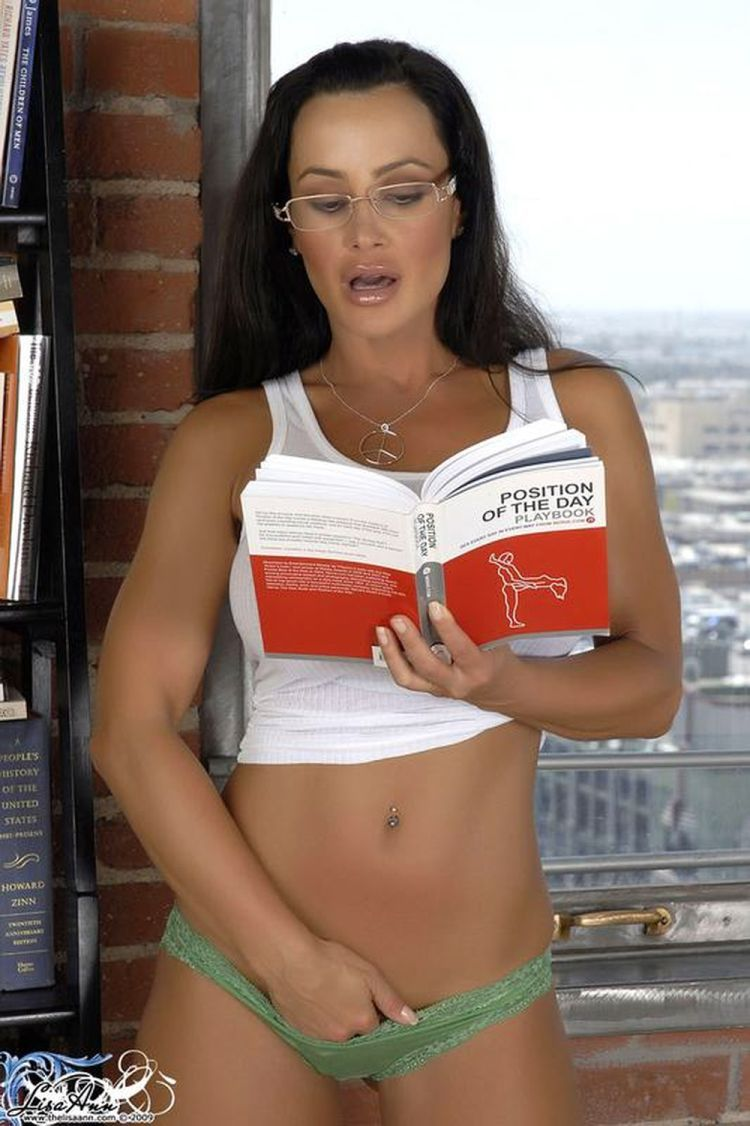 Sexy female 'book worms'  - 12