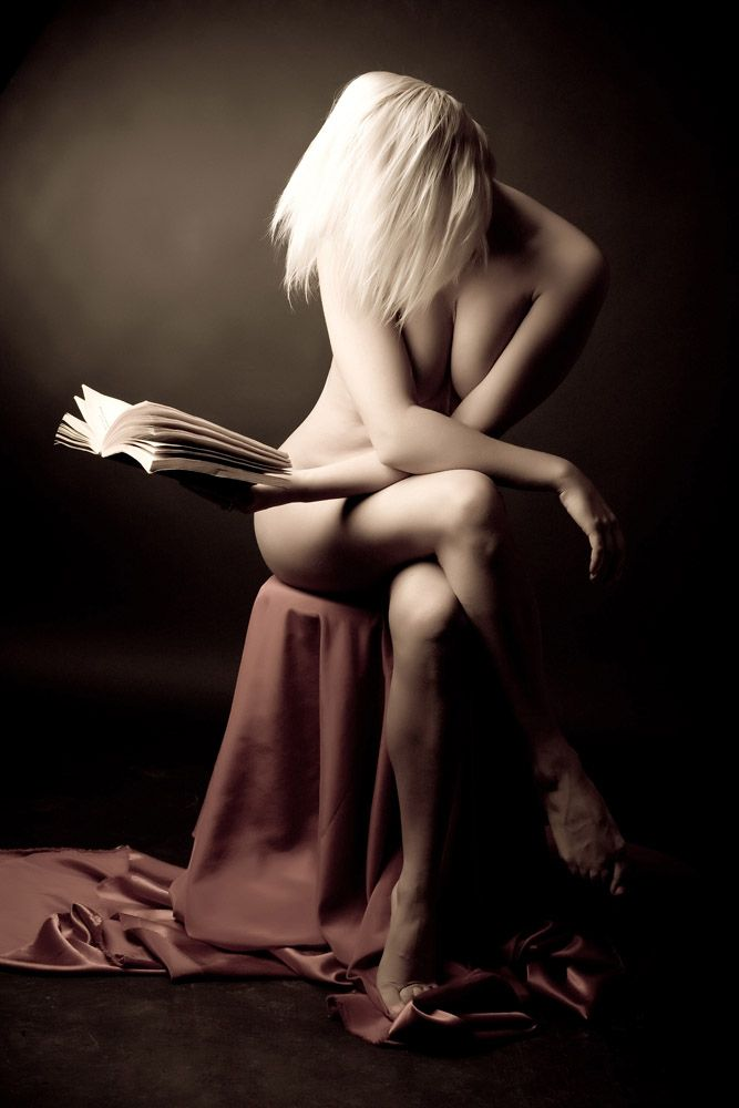 Sexy female 'book worms'  - 15
