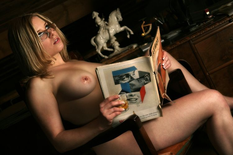 Sexy female 'book worms'  - 46