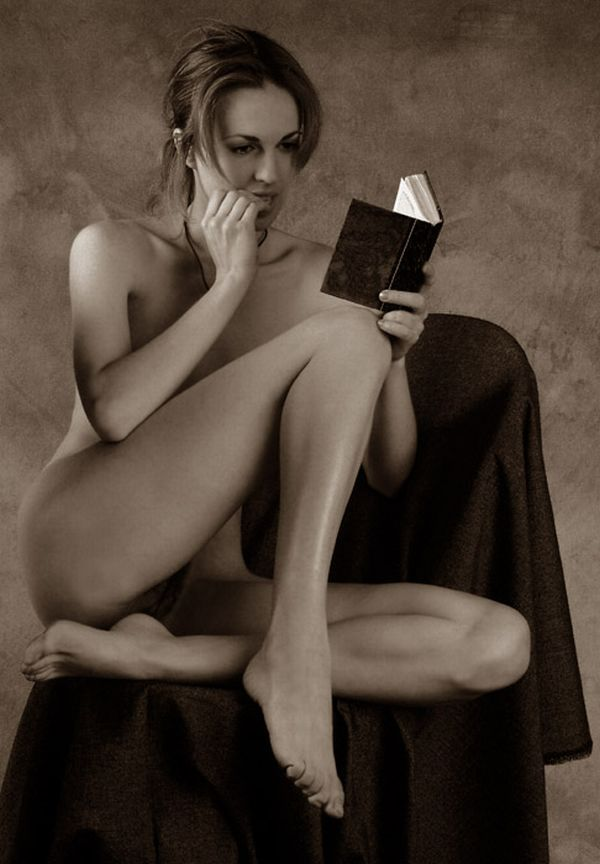 Sexy female 'book worms'  - 57