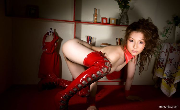 Gorgeous Japanese girl Yui Tatsumi in red boots - 13