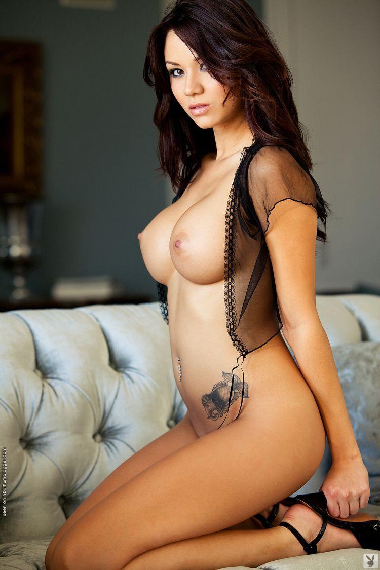 Сексуальные с большими буферами азиатки 6 фотография