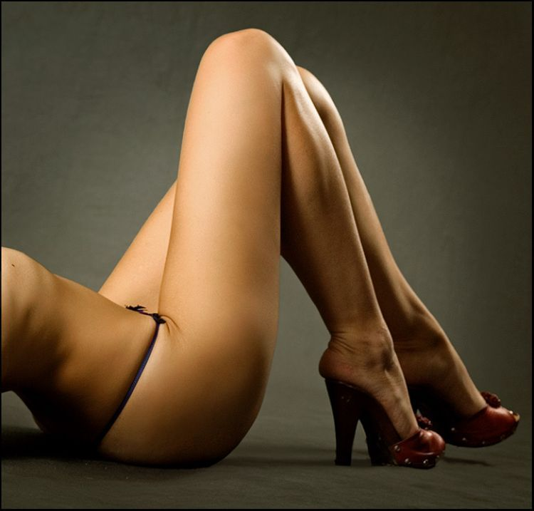 Sexy legs - a powerful magnet for men's eyes - 16