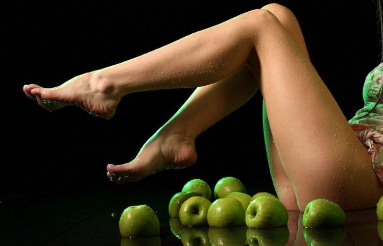 Foto zhenskie nozhki9 thumb фото женские ножки. фото женские ножки.