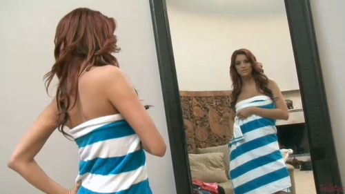 Beautiful Jayden Cole trying clothes - 20100225