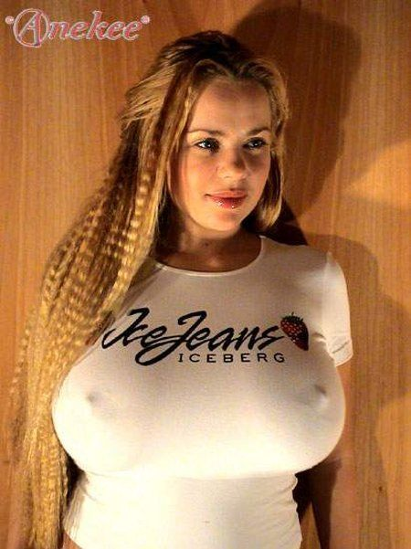 Anekee van der Velden - a supermodel with natural breasts with the size 10 - 09
