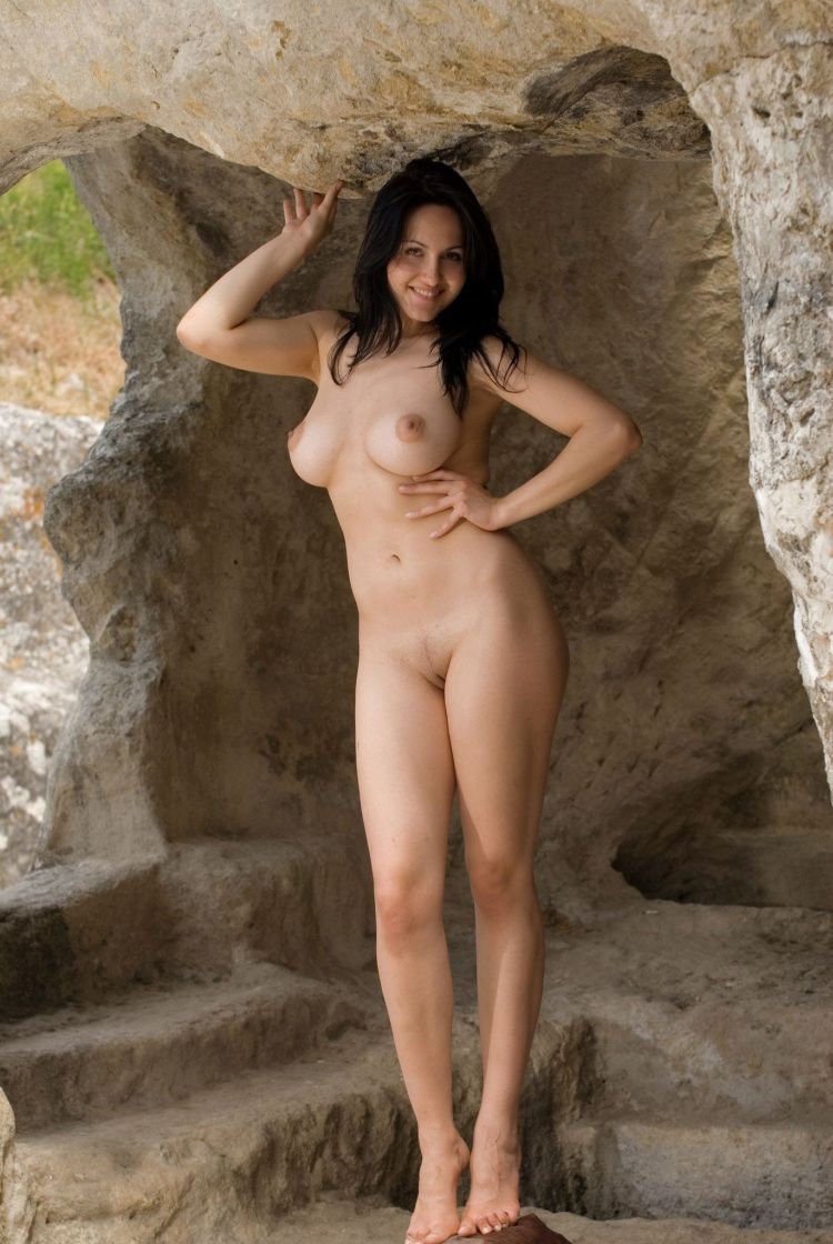Hot muchacha for lovers of natural forms - 16