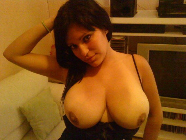 Busty amateur babes. Tons of boobs are waiting for you after the jump - 11
