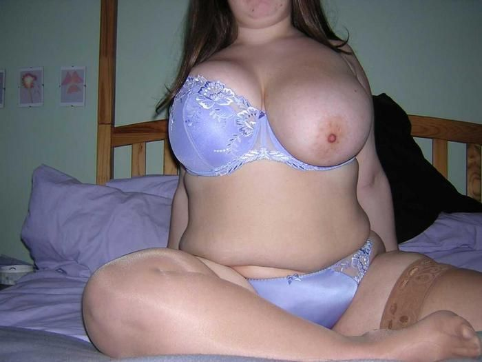 Busty amateur babes. Tons of boobs are waiting for you after the jump - 30