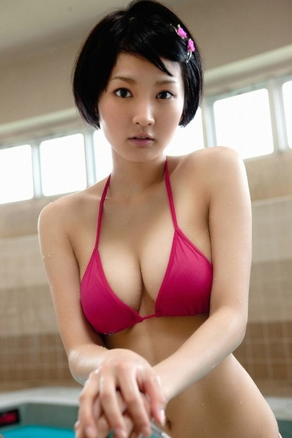Seductive girls with short haircuts - 49