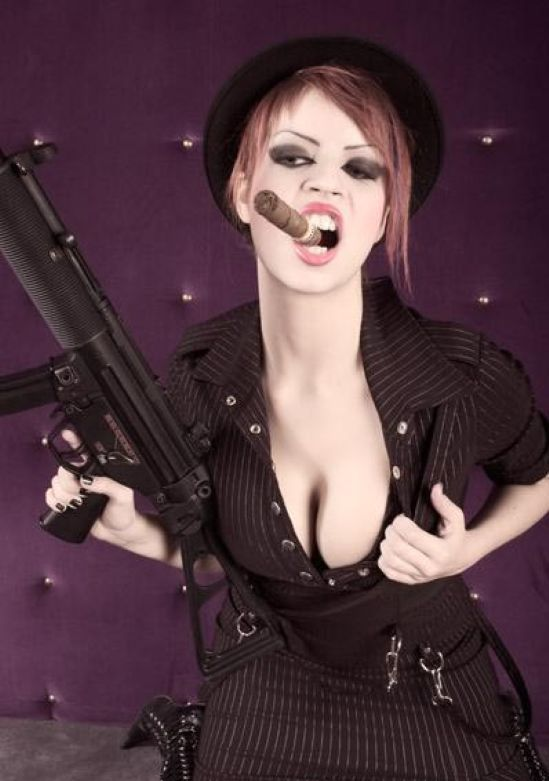 Babes with cigars, a fascinating show. Enjoy ;) - 01