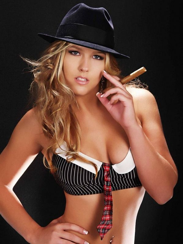 Babes with cigars, a fascinating show. Enjoy ;) - 05