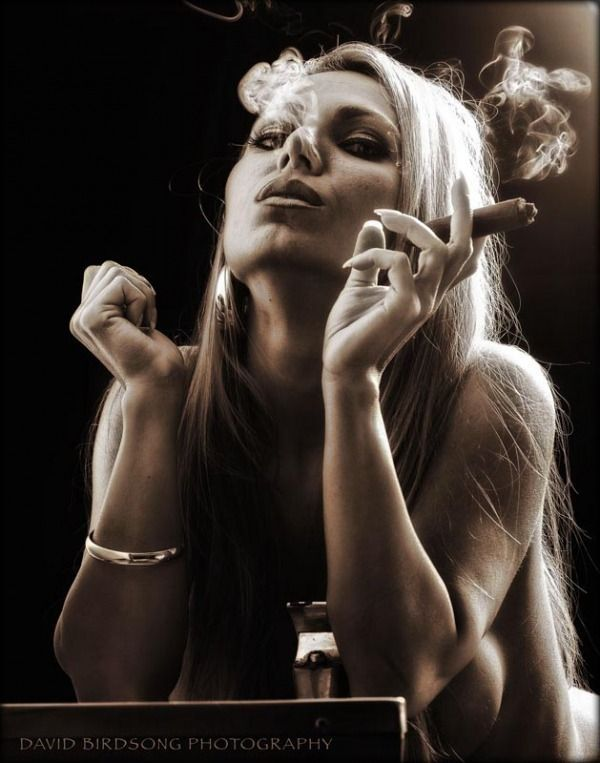 Babes with cigars, a fascinating show. Enjoy ;) - 08