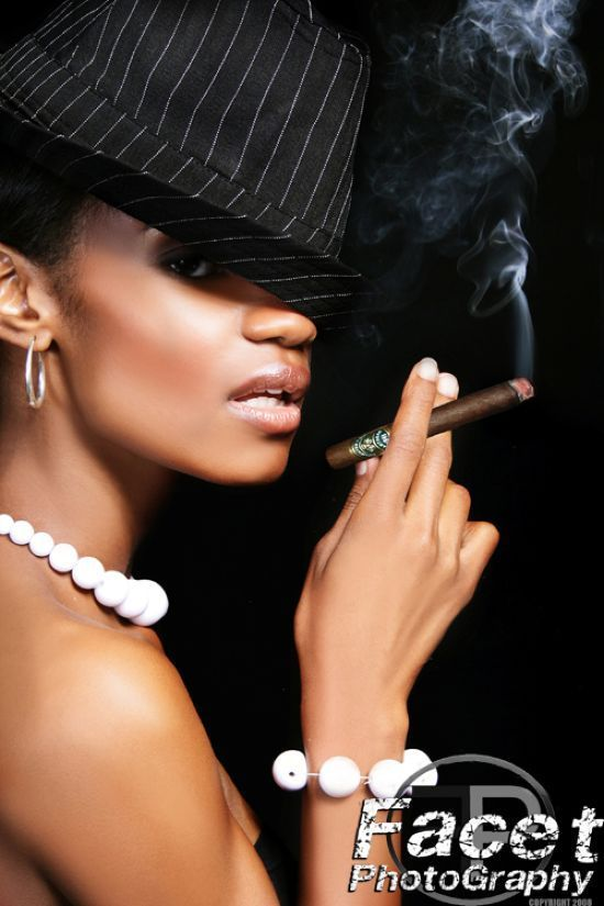 Babes with cigars, a fascinating show. Enjoy ;) - 09
