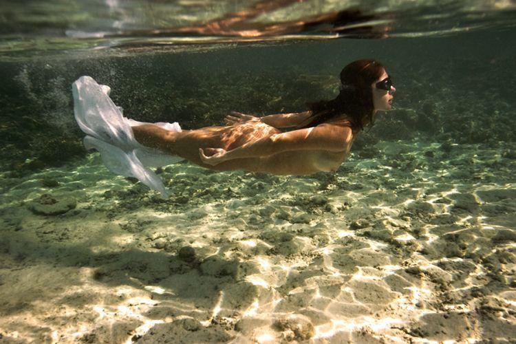 garotas nadando nuas s o incr veis e muito gostosas 35 fotos 18