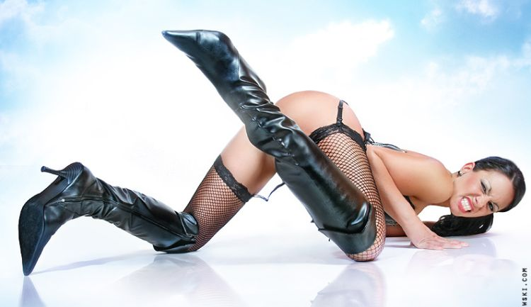 Babes in boots - 02