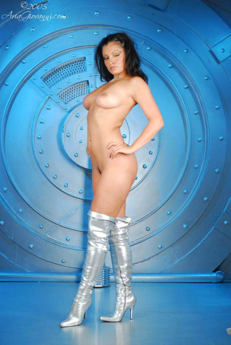 Babes in boots - 33