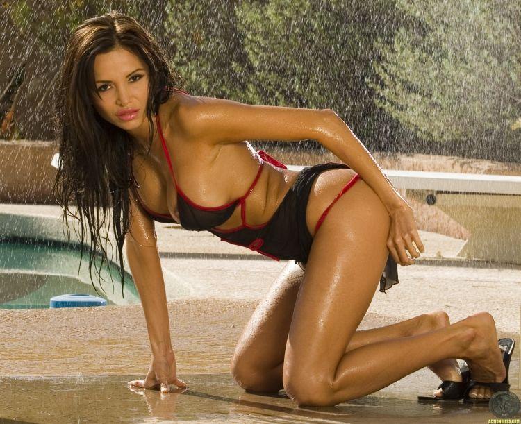 Hot muchacha Lucia Tovar - 04