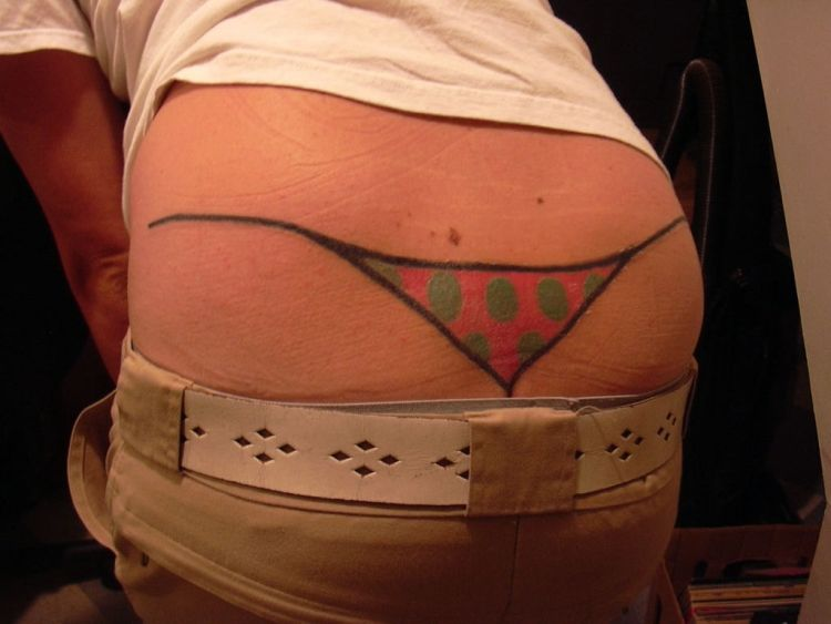 "Most shameful ""low back tattoos"" - 13"