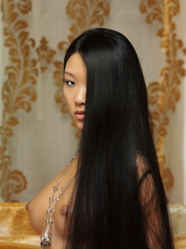 Glamorous Asian girl Mariko - 06